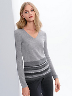 Fadenmeister Berlin - V-neck jumper in 100% cashmere