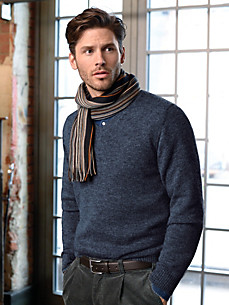 Inkadoro - V neck pullover in 100% alpaca