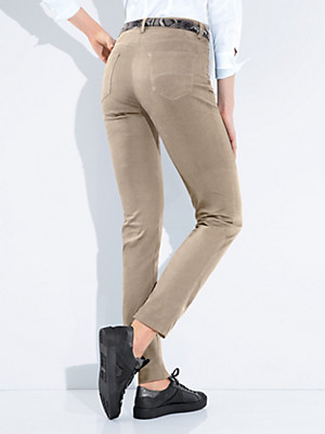 "Brax Feel Good - ""Feminine Fit"" jeans – design CAROLA GLAMOUR"