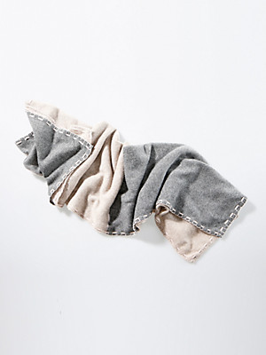 Daddy´s Daughters - Shawl in 100% cashmere