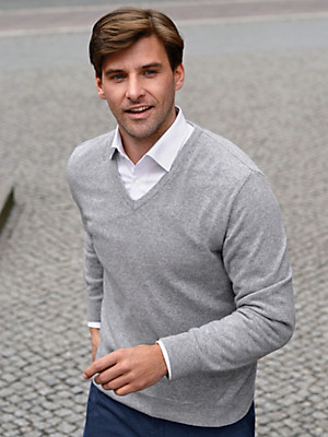 Peter Hahn - V-neck jumper