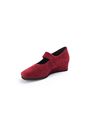Theresia M. - Shoes