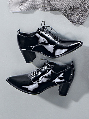 Uta Raasch - Exquisite patent cowhide leather lace-up pumps