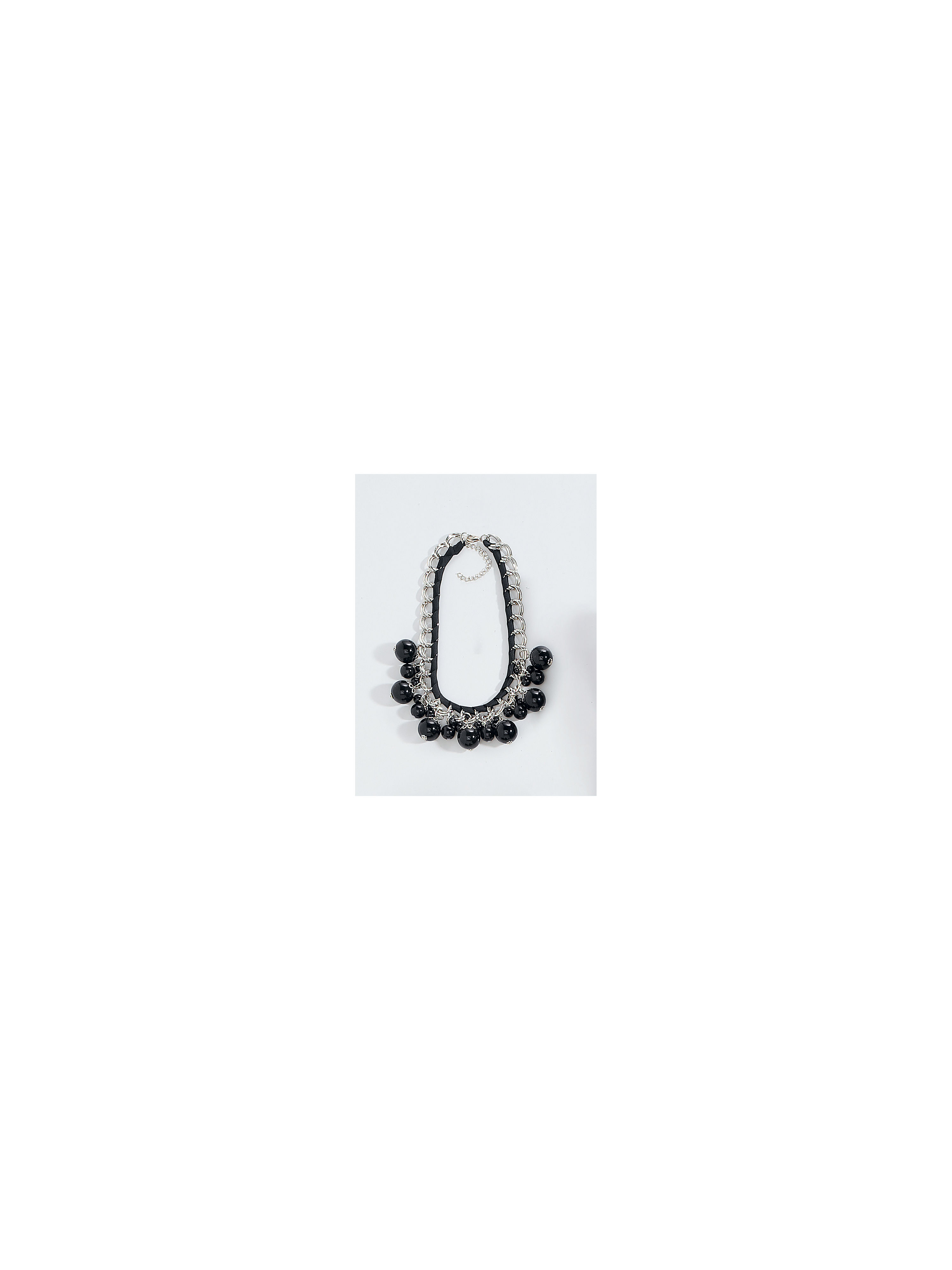 necklace-from-uta-raasch-black