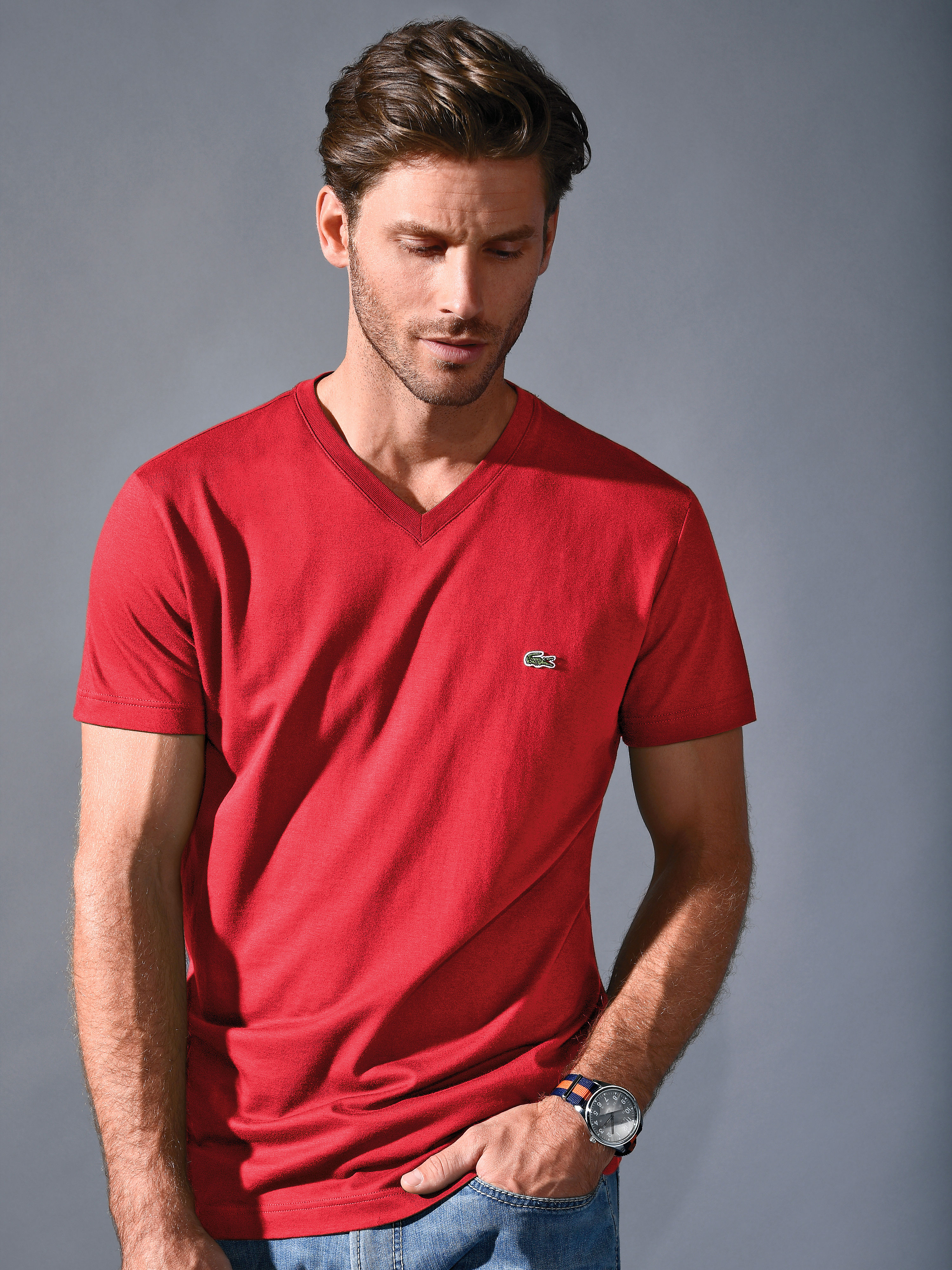 V neck Tshirt by Lacoste with 12length sleeves from Lacoste red