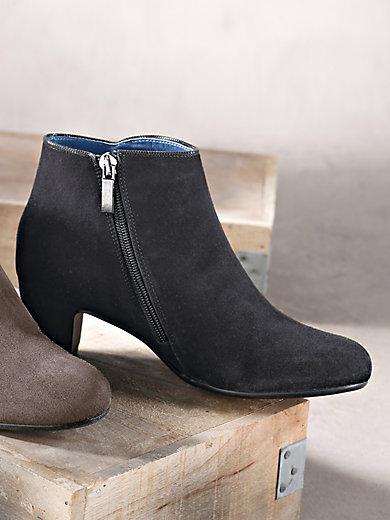 Scarpio - Kidskin suede ankle boots
